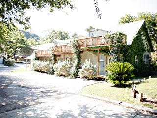 Tiki Lofts on the Guadalupe! - New Braunfels vacation rentals