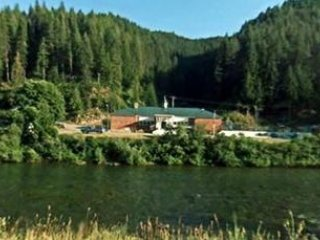 Avery Schoolhouse River Retreat -Fly Fishing -ATV Trails -9 mi to Hiawatha Trail - Avery vacation rentals