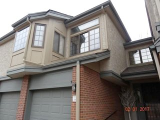 Bright Open 3 Bed, 4 Bathroom Townhome close to Chatfield State Park & Lightrail - Littleton vacation rentals