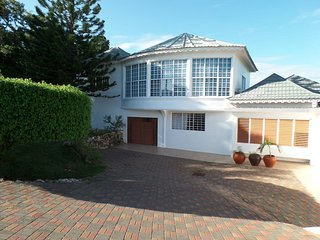 Lovely Villa with Internet Access and A/C - Ironshore vacation rentals