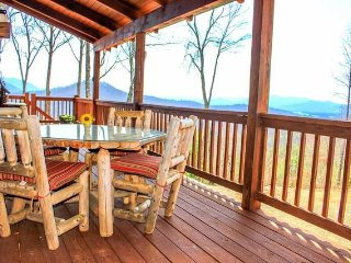 Rustic Retreat - Hayesville vacation rentals
