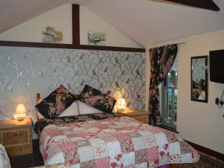 Forty Winks In North Norfolk Private Rooms with Self Serve Continental Breakfast - Southrepps vacation rentals