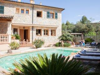 Stone Charming Mallorcan House. Swimming pool - Puigpunyent vacation rentals