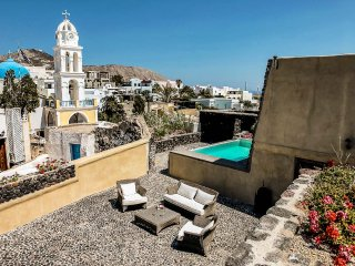 Bright Villa with Wireless Internet and DVD Player - Megalokhorion vacation rentals