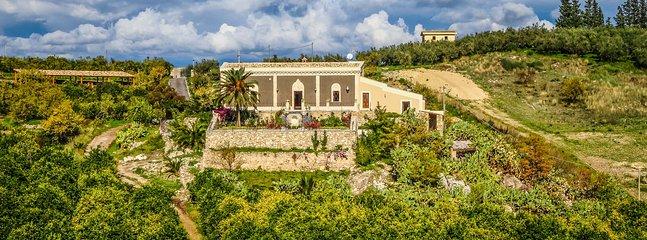 La Vecchia Dimora, Sleeps 10 - Image 1 - Centuripe - rentals