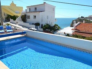 Casa Caravela, a central villa with heatable pool, good seaviews, 300m to beach - Carvoeiro vacation rentals