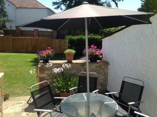 Contemporary apartment in beautiful East Devon village. Child and dog friendly. - Musbury vacation rentals