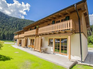 Lodge Enzian at Tauerndorf Enzingerboden lakeview and ski in & out - Uttendorf vacation rentals