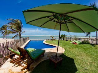 The Windvillage Waterfront Bungalows, Garden & Spa! - Itarema vacation rentals
