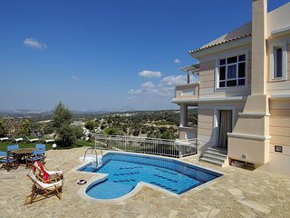 Spacious 5 bedroom Villa in Adele - Adele vacation rentals
