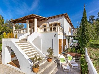 Bright 2 bedroom House in Colonia Sant Pere - Colonia Sant Pere vacation rentals