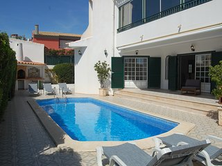 Stunning Villa in a peaceful area 5 minutes from the strip and all amenities. - Albufeira vacation rentals