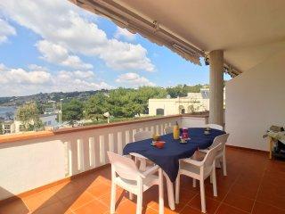 Appartamento Michela, 2 camere, 5 pax, vista mare - Marina San Gregorio vacation rentals