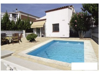 0042-FLAMICELL Casa al canal con piscina - Empuriabrava vacation rentals