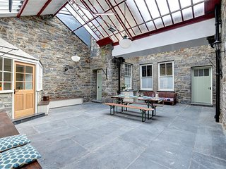 Perfect 3 bedroom Cottage in Penmorfa with Internet Access - Penmorfa vacation rentals