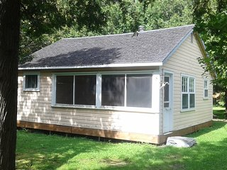 2 bedroom Chalet with Microwave in Dunham - Dunham vacation rentals