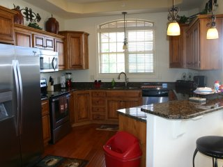 3 Bed / 3 Bath Condo with Open Loft. Right Next door to Clubhouse - Branson vacation rentals