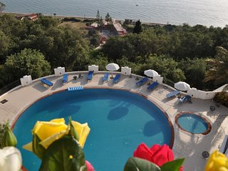 Luxury sea view studio apartment for 2 persons & pool, 400 m from beach - Agios Gordios vacation rentals