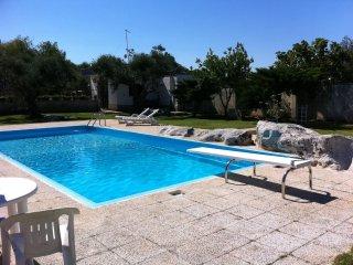 Comfortable 4 bedroom Lizzanello Condo with A/C - Lizzanello vacation rentals