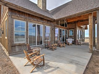 NEW! Luxurious 4BR Belt Home on Sky Walker Ranch! - Lamont vacation rentals