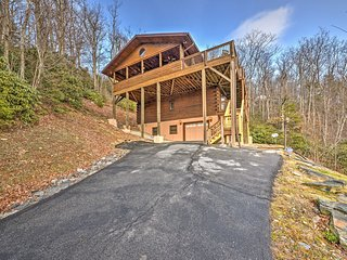 NEW! 3BR Boone Cabin w/ Unrivaled Mountain Views! - Boone vacation rentals