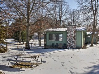 NEW! Spacious 4BR Lakefront Cabin & Bunker! - Pequot Lakes vacation rentals