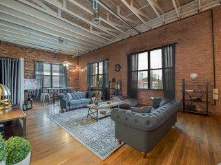 Charming Industrial 3 Bedroom Loft - Dallas vacation rentals