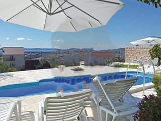 6 bedroom Villa in Split-Kucine, Split, Croatia : ref 2302471 - Zrnovnica vacation rentals