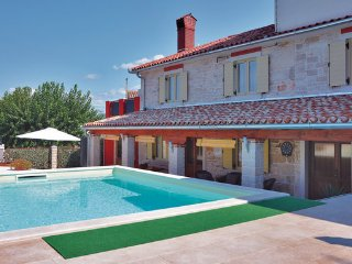 3 bedroom Villa in Umag-Plovanija, Umag, Croatia : ref 2302774 - Secovlje vacation rentals