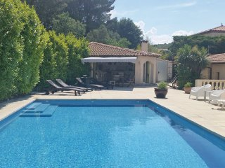 2 bedroom Villa in Nebian, Herault, France : ref 2303400 - Nebian vacation rentals