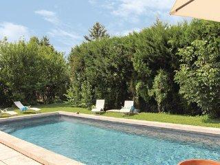 3 bedroom Villa in L Isle sur Sorgue, Vaucluse, France : ref 2303404 - L'Isle-sur-la-Sorgue vacation rentals