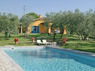 3 bedroom Villa in Buggiano, Montecatini / Pistoia And Surroundings, Italy - Buggiano Castello vacation rentals