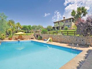 5 bedroom Villa in Anguillara, Latium Countryside, Italy : ref 2303784 - Anguillara Sabazia vacation rentals