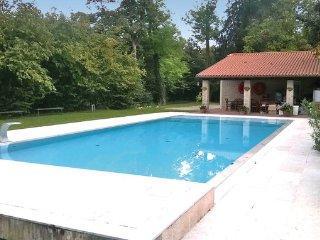 5 bedroom Villa in Silea, Veneto Countryside, Italy : ref 2303813 - Silea vacation rentals