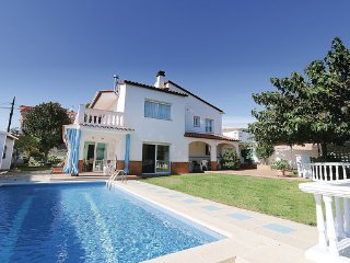 6 bedroom Villa in Pineda de Mar, Costa De Barcelona, Spain : ref 2303949 - Santa Susana vacation rentals
