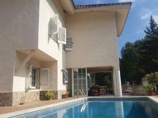 7 bedroom Villa in Sant Pol de Mar, Costa De Barcelona, Spain : ref 2304050 - Sant Iscle de Vallalta vacation rentals
