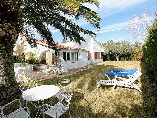 3 bedroom Villa in Cambrils, Costa Daurada, Spain : ref 2369666 - Cambrils vacation rentals