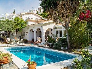 3 bedroom Villa in Rincon de la Victoria, Costa del Sol, Spain : ref 2369871 - Rincon de la Victoria vacation rentals