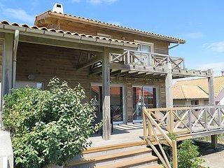 3 bedroom Villa in Mimizan, Les Landes, France : ref 2369964 - Mimizan vacation rentals