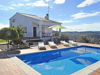 3 bedroom Villa in Lloret de Mar, Costa Brava, Spain : ref 2370147 - Riudarenes vacation rentals