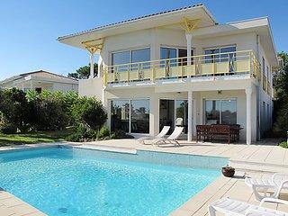 5 bedroom Villa in Mimizan, Les Landes, France : ref 2370562 - Mimizan vacation rentals