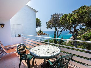 3 bedroom Villa in Tossa de Mar, Costa Brava, Spain : ref 2370572 - Tossa de Mar vacation rentals