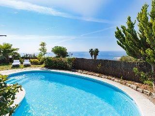 6 bedroom Villa in Tossa de Mar, Costa Brava, Spain : ref 2370754 - Tossa de Mar vacation rentals