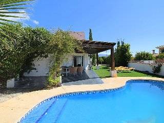 3 bedroom Villa in La Nucia, Costa Blanca, Spain : ref 2370941 - L'Alfas del Pi vacation rentals