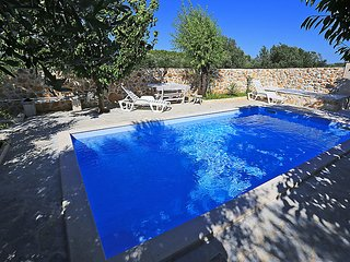 4 bedroom Villa in Pasman Zdrelac, North Dalmatia Islands, Croatia : ref 2371702 - Banj vacation rentals