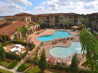 2 Bedroom 2 Bath Condo in Bella Piazza Resort. 901CP-711 - Orlando vacation rentals