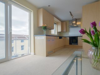 Bright 2 bedroom Condo in Saint Peter Port - Saint Peter Port vacation rentals