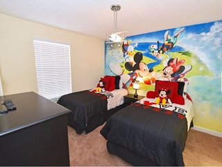 Championsgate Golf Resort 6 Bedroom 6 Bath Pool Home. 1443MVD - Four Corners vacation rentals