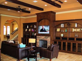 Gorgeous 6 Bedroom 6.5 Bath Reunion Golf Resort Pool Home. 404ML - Alturas vacation rentals