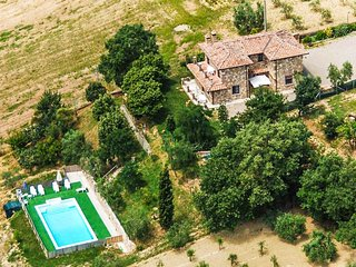 Detached villa with private pool near Siena. 4 bedrooms. Air conditioning, Wi-fi - Chianciano Terme vacation rentals